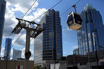 Gondola-cable-transit-system